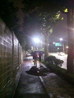 swingmode @swingmode / 좋구나 / 서울 용산 용산 / #골목 #길 #사람 / 2012 07 15 /