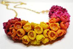 Ombré Flowers Bracelet with Sandy Huntress #craftartedu