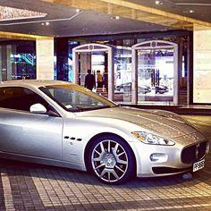 motoriginal : Um flashback # Hong Kong. Maserati GranTurismo # # # # supercarro exoticcar # carro # carros