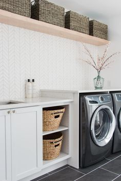 3 Must-Know Design Tips for a Magazine Worthy Laundry Room – The Greenspring Home – Kallax Ideas 2020 Laundry Room Remodel, Laundry Room Cabinets, Basement Laundry, Laundry Room Organization, Laundry Room Design, Laundry Room Wallpaper, Modern Laundry Rooms, Laundry Room Inspiration, California Closets