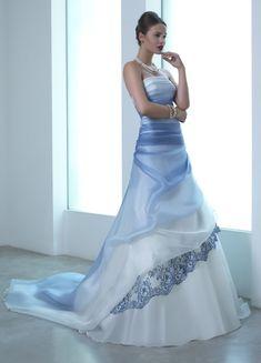 abito da sposa bianco e blu - Cerca con Google