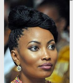 Hairstyles For Party 10 Incredible Black Braided Hairstyles for Parties Box Braids Hairstyles, African Hairstyles, Girl Hairstyles, Box Braids Updo, Plaits, Hair Afro, Curly Hair Styles, Natural Hair Styles, Single Braids