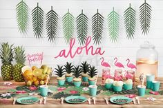 Tropical Leaves Decorations - Moana Party Hawaiian Party Decor UK - Pretty Little Party Shop Aloha Party, Party Fiesta, Luau Party, Flamingo Party, Flamingo Birthday, Flamingo Cake, Hawaiian Birthday, Luau Birthday, Birthday Parties