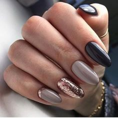 The advantage of the gel is that it allows you to enjoy your French manicure for a long time. There are four different ways to make a French manicure on gel nails. The choice depends on the experience of the nail stylist… Continue Reading → Ombre Nail Designs, Winter Nail Designs, Winter Nail Art, Acrylic Nail Designs, Winter Nails 2019, Fall Nail Art Autumn, New Nail Designs, Ongles Beiges, Hair And Nails