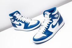 Sneakers Nike Jordan, Jordan Shoes Girls, Nike Air Shoes, Air Jordan Shoes, Girls Shoes, Blue Jordans, Air Jordans, Sneakers Fashion, Fashion Shoes