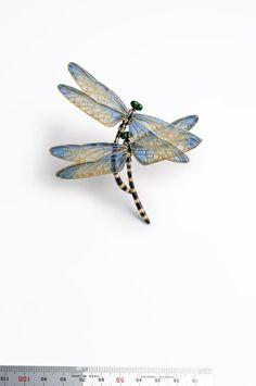 Dragonflies made of enamel via the plique-a-jour method.  Artist Kunio Nakajima.