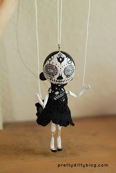 Pretty Ditty marionette