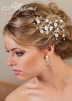 bestidos con acesorios   ... de Moda: Hermosos peinados de novias con accesorios ILLUSIONS BRIDAL