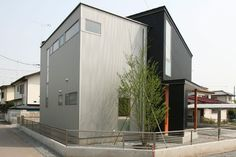 施工事例-ICH- STUDIOPOH 注文住宅・高級一戸建ての外観デザイン・モダンスタイル -住宅の楽待(らくまち)-