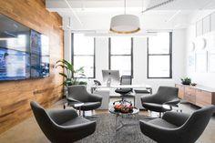 Coalesse Bob Chairs in the New York tech company Index Exchange offices reflect collaborative and egalitarian workspaces.
