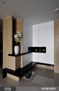 Extraordinary Latest Cupboard Designs with Modern Shelves Ideas Bedroom Cupboards, Bedroom Cupboard Designs, Wardrobe Design Bedroom, Interior Walls, Best Interior, Modern Interior, Latest Cupboard Designs, Armoire D'angle, Corner Wardrobe