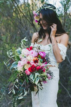 Romantic free spirited wedding @weddingchicks