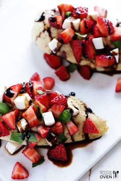 Strawberry Balsamic Chicken Recipe | gimmesomeoven.com  Substitute goat cheese for the mozzarella to make it lactose free!