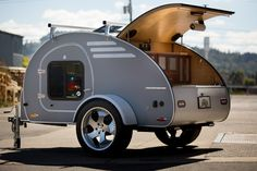 Small Campers and Trailers are Very Popular Camper Trailer For small campers and trailers there are two basic types of towing available. The hitch is the traditional hitch mounted to the trailer. Trailer Awning, Camper Trailer For Sale, Trailer Diy, Trailer Decor, Small Trailer, Vintage Campers Trailers, Vintage Airstream, Campers For Sale, Trailers For Sale