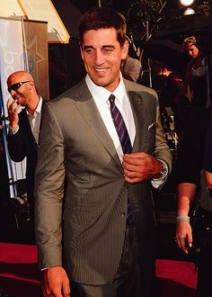 aaron rodgers <3 and does he look like anyone I know?
