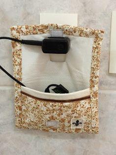 Flor de Liz Acessórios: Porta Carregador de Celular