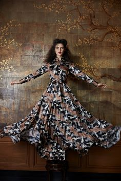 http://www.vogue.com/fashion-shows/resort-2018/co/slideshow/collection