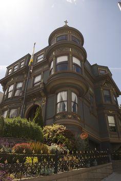 San Francisco, more architecture San Francisco Girls, San Francisco City, San Francisco California, Scandinavian Architecture, Victorian Architecture, California Travel, Northern California, Edwardian Style, San Fransisco