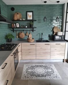 Home Decor Wall modern wood kitchen with green tiles.Home Decor Wall modern wood kitchen with green tiles Green Kitchen, New Kitchen, Kitchen Decor, Kitchen Ideas, Kitchen Walls, Kitchen Living, Rustic Kitchen, Kitchen Backsplash, Kitchen Countertops