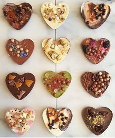 Day wishes Adorable mendiants from The Sweet Lobby and dcsouk made with Valrhona chocolate. Paletas Chocolate, Valrhona Chocolate, Chocolate Shop, Chocolate Lovers, Chocolate Recipes, Homemade Chocolate Bark, Homemade Chocolates, Chocolate Pearls, Chocolate Molds