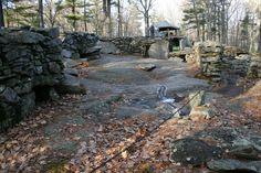 "MYSTERY HILL (aka ""AMERICA'S STONEHENGE"") Salem, New Hampshire"