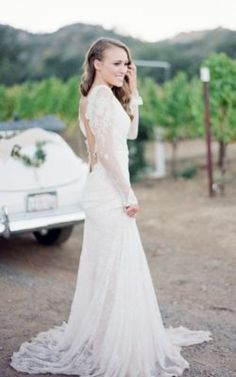 Wedding Dress Inspiration - Photo: Nadia Hung Photography
