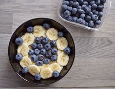Oatmeal topping ideas http://www.fitfoodkatja.nl/2014/09/mijn-havermout-toppings.html