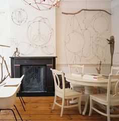 wire artwork- how cool (and challenging) it would be to have a 3D wire damask wall