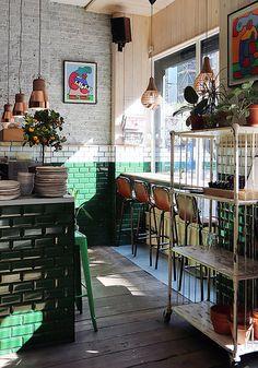 Kaffeeklatsch / Coffee in London: Attendant (Shoreditch) Pizzeria Design, Workshop Cafe, Workshop Design, Cafe Interior, Shop Interior Design, Food Design, Hamburg Food, Bagel Shop, Gelato Shop