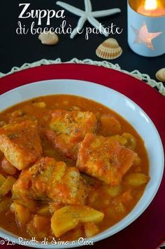 Zuppa di baccalà e patate Fish Recipes, Sweet Recipes, Soup Recipes, Keto Recipes, Vegetarian Recipes, Cooking Recipes, Fish Dishes, Seafood Dishes, Gastronomia