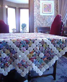 Fuxico - toalha de mesa: