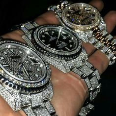 audemars piguet watches for men cheap in 2020 Swiss Army Watches, Old Watches, Dream Watches, Diamond Watches For Men, Luxury Watches For Men, Audemars Piguet Watches, Mens Gold Bracelets, Gucci, Patek Philippe
