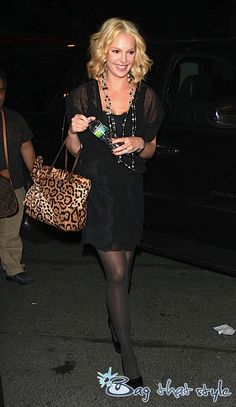 Katherine Heigl with Valentino bag Valentino Purse, Katherine Heigl, Wholesale Bags, Celebs, Celebrities, Discount Designer, Celebrity Crush, Custom Made, Gucci