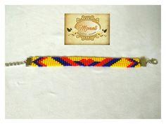 #Moda #Pulseras #Collares #Correas #Hombre #Mujer #Moneli #Bisuteria #Accesorios #Tendencias #Mostacilla #MostacillaCheca #EleganciaArtesanal #Artesanias #ArtesaniasColombia #Handmade #Hechosamano #Color #Joyeria #RegalosOriginales #Detalles #Exclusividad #Palmira #Colombia Seed Bead Earrings, Seed Beads, Loom Beading, Crafts, Jewelry, Beaded Bracelet, Color, Instagram, Loom Bracelets