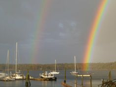 East Boothbay, ME. Wiscasset Maine, Boothbay Harbor Maine, Town And Country, Lighthouse, Places Ive Been, America, Candy Colors, City, Rainbows