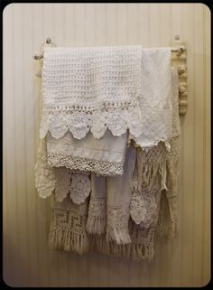 Lace trimmed towels. I could pretty much pin every picture from this cottage. You might as well just click through.