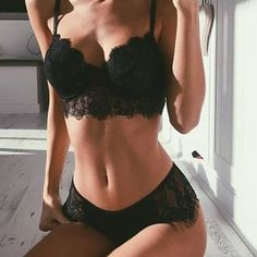Pictures of girls in their sexy lingerie Lingerie Fine, Jolie Lingerie, Cute Lingerie, Lingerie Outfits, Black Lingerie, Black Underwear, Lingerie Design, Fashion Design Inspiration, Body Inspiration