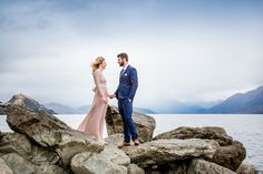 Bree and Jace's Stunning Wanaka Winter Elopement — Fluidphoto Ruth Brown Elope Wedding, Post Wedding, Wedding New Zealand, Lake Wanaka, Id Photo, Lakeside Wedding, Wedding Company, Romantic Places, Photo Location
