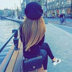 ❣️❣️🅢🅠🅤🅘🅢🅗🅗🅗❣️❣️ (@dpz_queen11) • Instagram photos and videos Stylish Dp, Stylish Girls Photos, Black Patiala Suit, Girl Pictures, Girl Photos, Back Jewelry, Bling Jewelry, Jewelry Accessories, Jewelry Necklaces