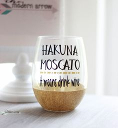 Items similar to Hakuna Moscato Glitter Wine Glass / Moscato Glass / Glitter Dipped / Glitter Glass / Glitter Cup / Wine Lover / Gifts for Her / Stemless on Etsy Glitter Wine Glasses, Diy Wine Glasses, Glitter Cups, Painted Wine Glasses, Glitter Tumblers, Glitter Art, Glitter Force, Stemless Wine Glasses, Blue Glitter