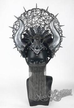 Skull & Horn Headdre