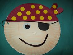 Paper Plate Pirate Craft for kids.