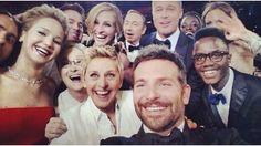 Ellen De Generes selfie with other celebrities
