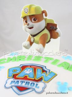 Paw Patrol decorated cake for the birthday of a child with Rubble of food wafer