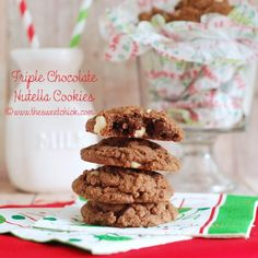 The Sweet Chick: Triple Chocolate Nutella Cookies No Bake Chocolate Desserts, Chocolate Chip Cookies Ingredients, White Chocolate Chip Cookies, Semi Sweet Chocolate Chips, Cookie Desserts, Just Desserts, Cookie Recipes, Delicious Desserts, Snack Recipes