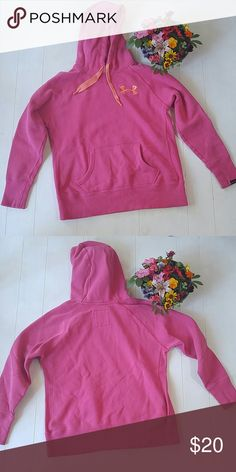 Under Armour Cold Gear Hoodie Under Armour Cold Gear Hoodie ------------------------------------------------------ *Under armour charged cotton storm *Loose Fit *Pink w/ orange accents *80% Cotton, 20% Polyester *Great gently used condition Under Armour Tops Sweatshirts & Hoodies