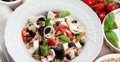 Insalata di farro alla greca Caprese Salad, Cobb Salad, Feta, Pizza, Cooking, Vegetarian, Vegan, Kitchen, Brewing