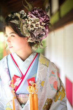 くくる(CUCURU)  白地七宝花丸紋 Oriental Fashion, Ethnic Fashion, Asian Fashion, Oriental Style, Orientation Outfit, Japanese Outfits, Japanese Clothing, Yukata Kimono, Wedding Kimono