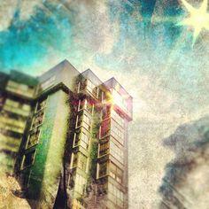 """""""Torres negras en la Avenida de la Paz"""" ...por #Blogofago"""