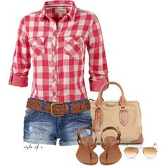 Very cute outfit for outdoor casual pics. Wearing sunglasses for a few photos a… Very cute outfit for outdoor casual pics. Wearing sunglasses for a few photos adds some spunk as well! Mode Outfits, Short Outfits, Casual Outfits, Swag Outfits, Casual Shorts, Country Outfits, Country Girls, Country Chic, Country Bumpkin